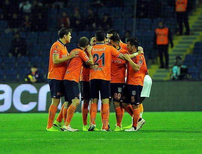 VAR olmasaydı Fenerbahçe düşme hattındaydı! İşte VAR'sız puan durumu...