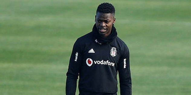 Beşiktaşlı futbolcu Isimat-Mirin'in babalık sevinci
