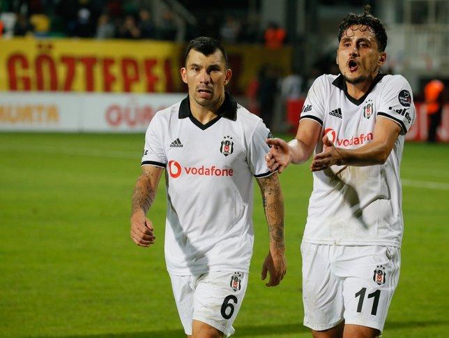 Gary Medel Beşiktaş'tan ayrılıyor!