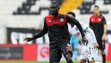 Son dakika transfer haberi: Göztepe Badou Ndiaye'yi gündemine aldı!