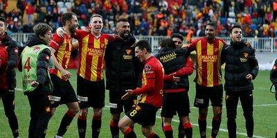 Göztepe, Beşiktaş'a karşı ilk peşinde
