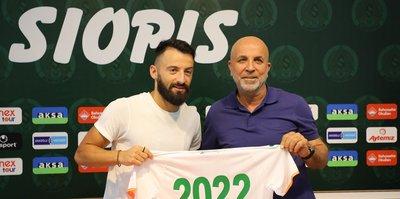 Alanyaspor Yunan futbolcu Emmanouil Siopis'i kadrosuna kattı