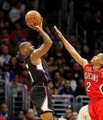 NBA'de bir ilke imza attı