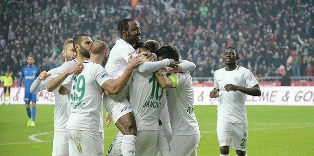 Gol düellosu Konyaspor'un