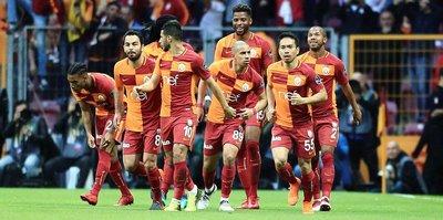 Galatasaray'da iki oyuncu kart sınırında