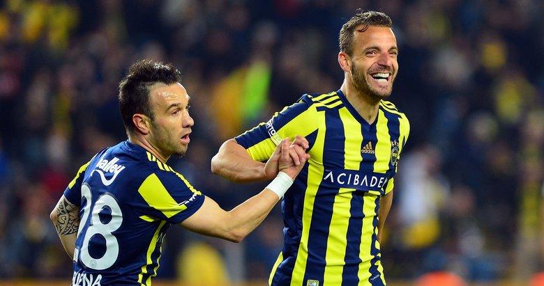 Fenerbahçeli yıldız Galatasaray'a haber yolladı