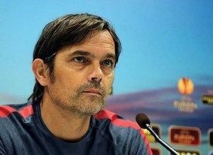 Phillip Cocu'dan kasaya 126 milyon euro!