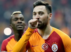 Galatasaray'da Sinan Gümüş'e sürpriz talip!