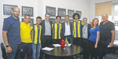 Fenerbahçe'de gençleşme operasyonu devam ediyor!