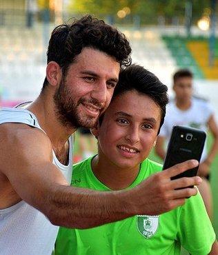 Fenerbahçeli futbolcu İsmail Köybaşı Bodrum'da