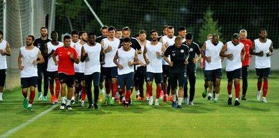 Antalyaspor'da yeni sezon hazırlıkları devam etti