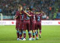 Trabzonspor'da şok! Yıldız futbolcu 3 hafta sahalardan uzak kalacak