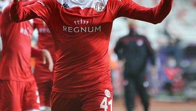 Son dakika transfer haberi: Beşiktaş da istiyordu! Fenerbahçe Gökdeniz Bayrakdar için bir adım önde