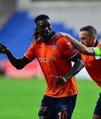 Premier Lig ekipleri Adebayor'u paylaşamıyor!