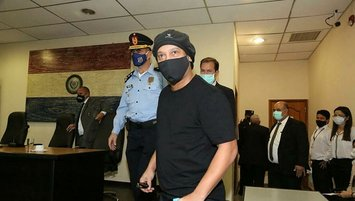 Ronaldinho released from Paraguay detention after five months