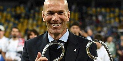 Zinedine Zidane sahalara geri dönüyor!
