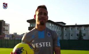 Pereira kale arkasından gol atmaya çalıştı