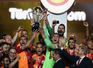 Kulüp başkanı açıkladı: Galatasaray'la yarışıyoruz!