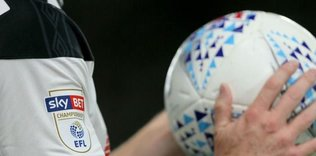 ingilterede o tarih aciklandi play off 1591975363326 - 36 yaşındaki Huntelaar Ajax'la sözleşme uzattı!