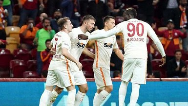 Galatasaray hayata döndü