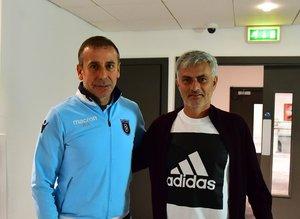 Mourinho'dan sürpriz ziyaret!