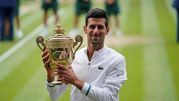 Djokovic yarışta Federer ve Nadal'ı yakaladı