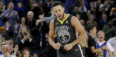 Curry'nin dönüşü muhteşem oldu