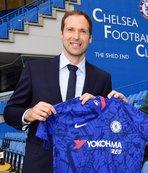 Petr Cech Chelsea'ye döndü!