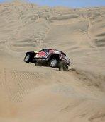Peterhansel'den Dakar Rallisi'ne damga