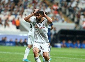 Beşiktaş'ta Güven Yalçın'a büyük tepki! ''Halı sahada oynatmam''