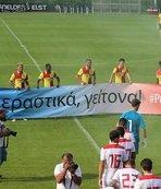 Olympiakos maçında Göztepe'den anlamlı pankart