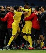 Maça damga vuran kavga! Emre Can ve Neymar...
