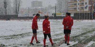 Hekimoğlu Trabzon-Kırklarelispor maçı kar yağışı nedeniyle iptal edildi