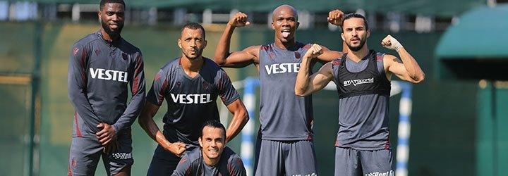 Trabzonspor Fenerbahçe derbisi öncesinde idmanda...