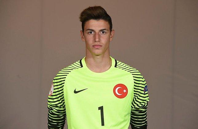 Berke Özer Fenerbahçeye!