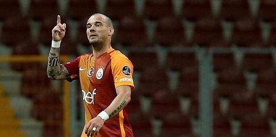 Sneijder çırpındı