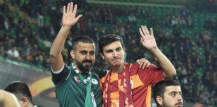 Galatasaraylı Hakan bu kez formasını giydi