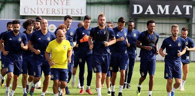 Fenerbahçe, Atiker Konyaspor maçı hazırlıklarını sürdürdü