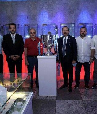Türkiye Kupası Trabzonspor Şamil Ekinci Müzesi'ndeki yerini aldı