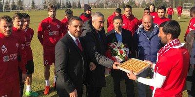 Sivasspor'a moral ziyareti