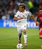 Sergen Yalçın Real Madrid'in eski starını alıyor! Resmen...