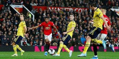 Manchester United evinde Arsenal ile yenişemedi