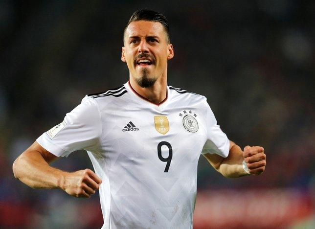 Galatasaray forvet için Bayern Münihten Sandro Wagnerin peşinde!
