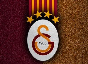 Galatasaray'a kötü haber! Yıldız futbolcu ülkesine dönüyor