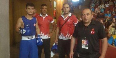 Ukrayna'da 8 boksörümüz yarı finalde