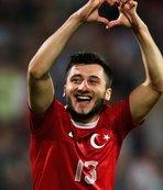 Mehmetçik'e destek veren Cenk Şahin için skandal açıklama!