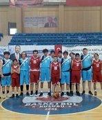 Bilecik Belediye Erkekler Bölgesel Basketbol Ligi'ne yükseldi