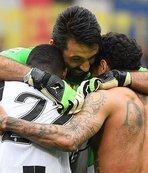 Buffon, Boniperti'nin rekorunu kırdı