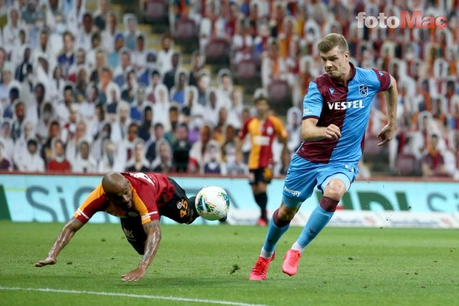 Galatasaray-Trabzonspor maçında sürpriz isim! Tribünden takip etti