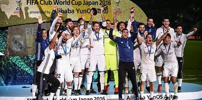 Real Madrid win club cup with Ronaldo hat-trick